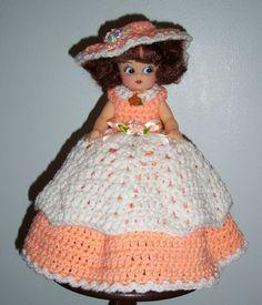 AIR FRESHENER TOILET TISSUE COVER DOLL, Crochet, NEW, Lovely Peach and White