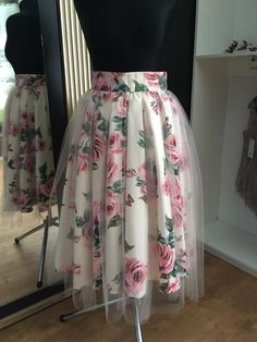 Cute Skirt Outfits, Chic Outfits, Pretty Outfits, Girls Fashion Clothes, Fashion Dresses, Sunmer Dresses, Kids Dress Wear, Frock For Women, Dress Indian Style