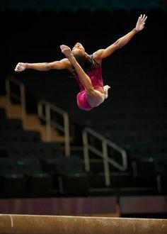Gabby Douglas USA Gymnastics Team Usa Gymnastics, Amazing Gymnastics, Artistic Gymnastics, Cheerleading, Famous Gymnasts, Go Usa, Gabby Douglas, Cheer Dance, Female Gymnast