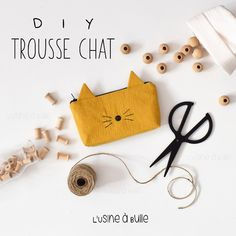 Cat kit - Pop Couture - Video tutorial to sew a lined cat kit. Mason Jar Crafts, Mason Jar Diy, Sewing Projects For Beginners, Projects To Try, Fanni Stitch, Diy Trousse, Make Up Tutorial Contouring, Pop Couture, Diy Sac