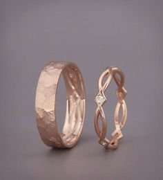 ✿ DESCRIPTION Handmade solid 14k rose gold bands His and Hers wedding set. Wedding ring is the one piece of jewelry you wear the most. Hence, its design should go along with everything you wear, from a cocktails dress to your casual outfit. This wedding rings set design symbolizing the