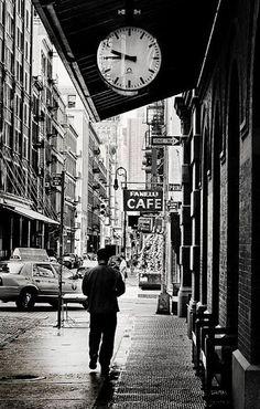 Black & White Street Photography | Black & White Photos