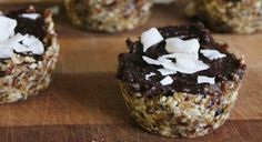 Coconut + chocolate makes my tastebuds very excited. Mmm...