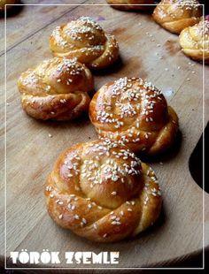 Mindennapi kenyerünk: Maci török zsemléje (acma) Pretzel Bites, Bread, Meals, Dishes, Cooking, Food, Recipes, Kitchen, Brot