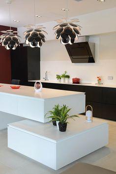 HI-MACS kitchen, designed by JLB Déco. ©Pascal Helaine.
