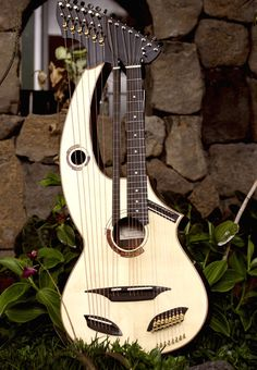 White Guitars, Menehune 22-String Harp Guitar