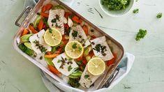 Ovnbagt fisk med grønt og kaperssmør   Samvirke Tacos, Mexican, My Favorite Things, Ethnic Recipes, Mexicans