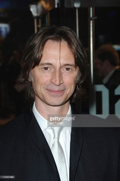 <a gi-track='captionPersonalityLinkClicked' href=/galleries/search?phrase=Robert+Carlyle&family=editorial&specificpeople=240173 ng-click='$event.stopPropagation()'>Robert Carlyle</a> during 'Eragon' London Premiere - Arrivals at Odeon Leichester Square in London, Great Britain.