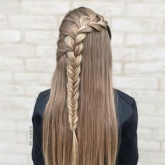 Messy Hairstyles 90 Elegant and Beautiful French Braid Ideas - NiceStyles.Messy Hairstyles 90 Elegant and Beautiful French Braid Ideas - NiceStyles French Braid Hairstyles, Box Braids Hairstyles, Pretty Hairstyles, Straight Hairstyles, Braids For Long Hair, Love Hair, Braid Styles, Hair Dos, Hair Designs
