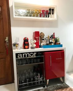 Understanding Mini Bar Design Ideas Some balconies are made to compliment the present home design and decor. When it has to do with designing an outdo. Mini Bars, Coffee Bars In Kitchen, Coffee Bar Home, Cafe Bar, Small Bars For Home, Retro Refrigerator, Home Bar Decor, Nail Designer, Kitchen Models