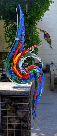 Fused Glass Ornaments, Fused Glass Art, Mosaic Glass, Glass Fusing Projects, Stained Glass Projects, Melting Glass, Kiln Formed Glass, Glass Garden Art, Glass Wall Art