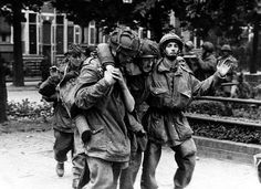 In Arnhem a two-hour truce is arranged to evacuate the wounded and prisoners, including Lt. Col. Frost. #WW2