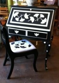 This is one of the most beautiful drop-leaf desks I've seen in awhile.  Vintage Secretary hand-painted by JM Coombs.