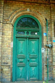 GOOD OLD DAYS ................ a magnificent door at one of Tehran's old Street in the city center