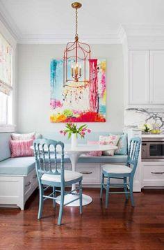 Esszimmer Eckbank+Stühle , rosa, blau