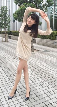 Short Long Dresses, Cute Japanese Girl, Japan Girl, Cute Asian Girls, Japanese Models, Girl Poses, Beautiful Legs, Sexy Legs, Sexy Outfits