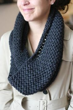 Infinity scarf pattern. Need to try this!