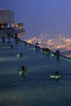 Roof top pool in Singapore