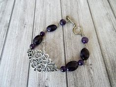 Retro Amethyst and siilver plated bracelet Style Retro, Plaque, Bracelets, Drop Earrings, Etsy, Jewelry, Copper Wire, Printmaking, Brass