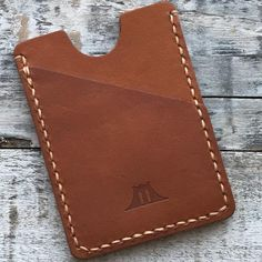 Wallet: The Fort Hamilton (Baseball Glove Leather) Leather Binder, Leather Pouch, Leather Gloves, Leather Wallets, Leather Diy Crafts, Leather Projects, Leather Crafting, Front Pocket Wallet, Passport Cover