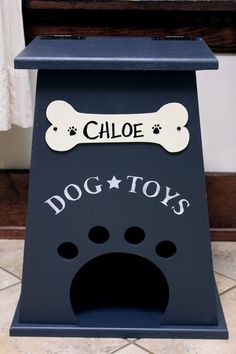 What a great dog toy box....bottom part opens so they can take as they please and you can still stay somewhat organized...love this! Dog Toy Box by CollegeViewCrafts on Etsy
