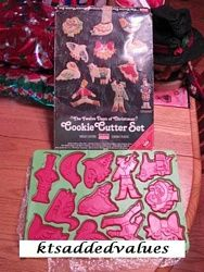 Vintage Chilton Twelve Day Of Christmas Cookie Cutters With Box : KTs Added Values, Collectibles Home and Kitchen Decor