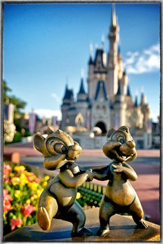 Chip and Dale Statue near the Castle at Magic Kingdom (in FL)... Why have I never seen this?!