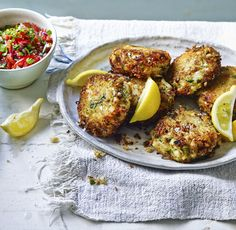 Mary Berry adds just enough spice to her fishcakes to make sure the delicate flavour of the crabmeat shines through. Serve them with a simple tomato salsa for a tasty supper. Fish Cakes Recipe, Fish Recipes, Seafood Recipes, Dinner Recipes, Cooking Recipes, Healthy Recipes, Cod Fish Cakes, Fishcakes, Fish Dishes