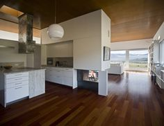 Kitchen, Lozoya House, designed by BGAA/Burgos - Garrido Associated Architects, Madrid/Spain