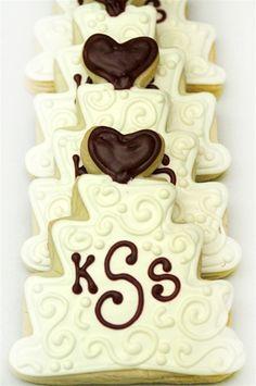 Wedding Cake - White Scroll