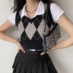 Cute Skirt Outfits, Vest Outfits, Cute Casual Outfits, Stylish Outfits, Aesthetic Sweaters, Aesthetic Clothes, Sweater Vest Outfit, Sweater Vests, Argyle Sweater Vest