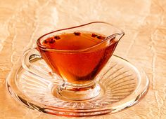 Sirop de coacaze rosii Pastry Cake, Tea Cups, Alcoholic Drinks, Food And Drink, Cakes, Cooking, Tableware, Syrup, Canning
