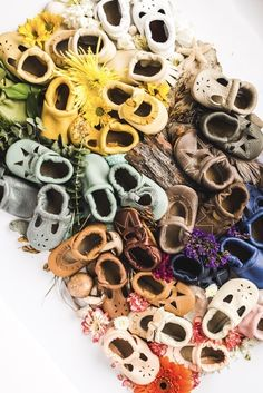 Look at all these colors! The most beautiful rainbow of baby shoes and moccs I've ever seen. Coming spring 2017. StarryKnightDesign.com