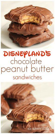 Disneyland's Chocolate Peanut Butter Sandwich 6 sheets graham crackers, 3 c milk choc chips & 2 t sh Comida Disney, Delicious Desserts, Yummy Food, Sweet Desserts, Peanut Butter Desserts, Peanut Butter Chips, Peanut Butter Sheet Cake, Peanut Butter Sandwich Cookies, Peanut Butter Chocolate Cake