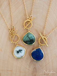 Raw Emerald Gemstone Necklace - Layering Necklace - Toggle Clasp Necklace - Gold framed Gemstone Pendant - Lariat Necklace - Stone Pendant