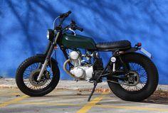 Cafe Racer Obsession: THE GREEN HORNET. Customización de una Yamaha SR 125 Special.