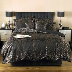For Once Nicely Done Animal Print Bedding But I Would Forego All The Shams It Can Still Be Too Much Sierra Luxury Black Chocolate Duvet Set