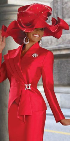 If you're looking for womens church hats or couture hats, this is the place to be! Our elegant ladies church hats have truly original details and design making each one unique. Red Fashion, Look Fashion, African Fashion, Red Hat Society, Stylish Hats, Fancy Hats, Red Hats, Ascot, Suits For Women