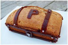 Bourbonnatrix Bakes: banana bread treasure chest