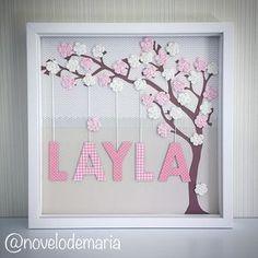Mais uma princesa chegando e estampando nossos quadrinhos! #novelodemaria #itsagirl #girl #girly #baby #babygirl #babyshower #maternity #maternidade #portadematernidade #quartodemenina #quartodebebe #love #cute #pink #mom #momtobe #chadebebe #mamãe #gravida #gestante #romantic #rosa #tree #flowers #name #art #croche #scrapbook #decor