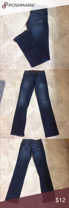 "Banana Republic Limited Edition Banana Republic strait leg jeans size 0 inseam approximately 32.5"" Banana Republic Jeans Straight Leg"