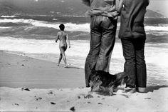 Elliott Erwitt FRANCE. St. Tropez. 1979.