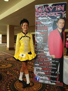 yellow dress uconn score