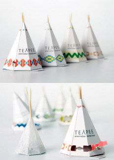 Teapee Tea Bags and Other Cool Packaging. We LOVE tea in the SLICK Creative Lab. (And cool packaging, too. Clever Packaging, Innovative Packaging, Tea Packaging, Food Packaging Design, Pretty Packaging, Packaging Design Inspiration, Brand Packaging, Bottle Packaging, Product Packaging Design