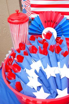 Patriotic red white and blue party - blue party themes, red party Blue Party Themes, Blue Party Decorations, 4th Of July Decorations, Patriotic Party, 4th Of July Party, Fourth Of July, Patriotic Crafts, Blue Birthday Parties, Birthday Bbq