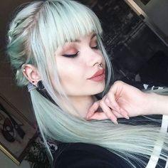The Best Alternative Makeup Looks to Try | ko-te.com by @evatornado |