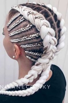 beauty Blonde Kanekalon Braiding Hairstyle ❤ Kanekalon hair grants you the power to reach the unreachable when it comes to your style. There is nothing you will not be able to create with it! Braided Hairstyles For Black Women, Braided Hairstyles Tutorials, Box Braids Hairstyles, Hairstyles Haircuts, School Hairstyles, Wedding Hairstyles, Pretty Braided Hairstyles, Female Hairstyles, Halloween Hairstyles