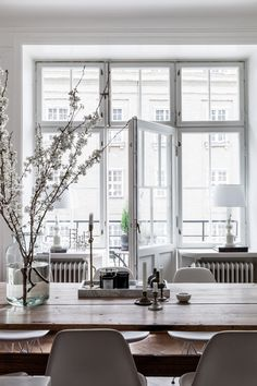 These windows and door! This beautiful space just seems so tranquil and light.