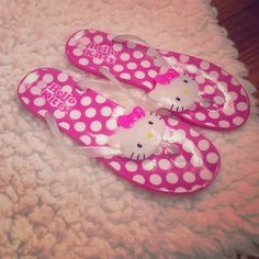 Hello Kitty Jellies- NEVER WORN Hello Kitty jelly flip flops. NEVER WORN, perfect condition. Soooooo cute but their too small for me 😭 Kids size 4 which is a adult size 6 Shoes Sandals