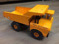 Mighty Tonka Hydraulic Quarry Truck